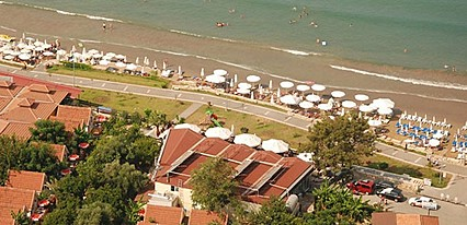 Nova Beach Hotel Havuz / Deniz