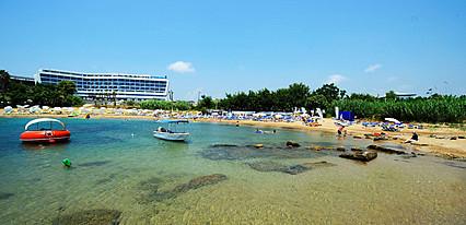 Numa Beach & Spa Hotel Havuz / Deniz