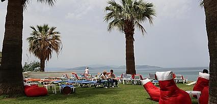 Nuova Beach Hotel Genel Görünüm