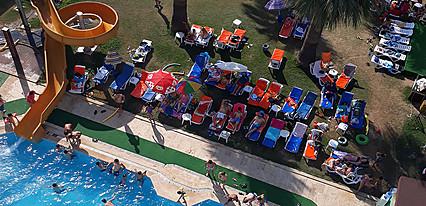 Nuova Beach Hotel Havuz / Deniz