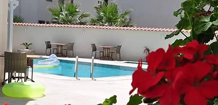 Olivias Hotel Havuz / Deniz