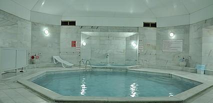 Oylat Kaplicalari Asiyan Otel Havuz / Deniz