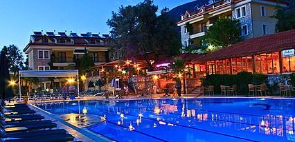 Perdikia Hill Family Havuz / Deniz