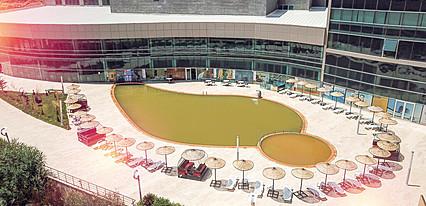 Ramada Resort Kirsehir Thermal & Spa Havuz / Deniz