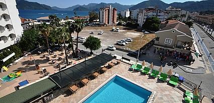 Reis Maris Hotel Havuz / Deniz