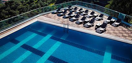 Rezone Health & Oxygen Hotel Havuz / Deniz