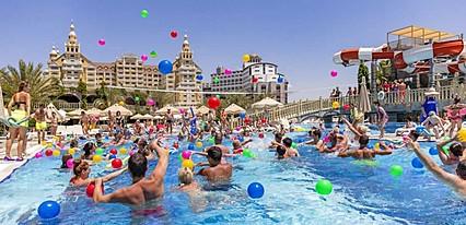 Royal Holiday Palace Havuz / Deniz