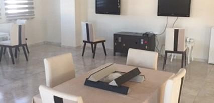 Royal Özçelik Otel Yeme / İçme