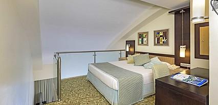 Royal Wings Hotel Lara Oda