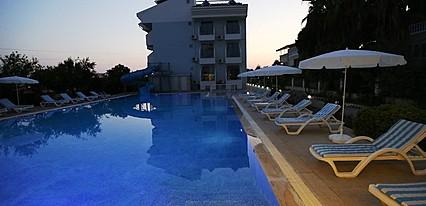Ryma Hotel Havuz / Deniz