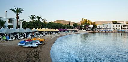 Samara Hotel Havuz / Deniz