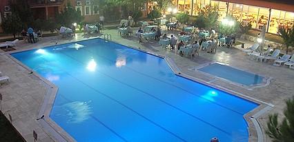 Şamdan Termal Otel Havuz / Deniz