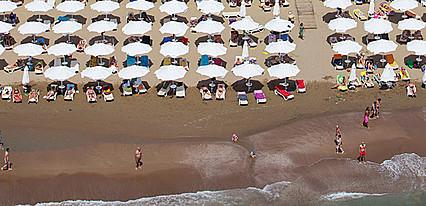 Sandy Beach Hotel Havuz / Deniz