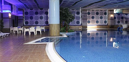 Sanitas Thermal Hotel Havuz / Deniz