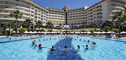 Saphir Resort Spa Havuz / Deniz
