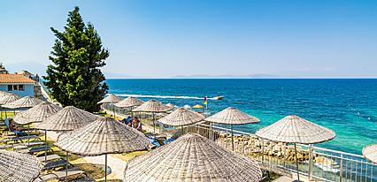 Sealight Resort Hotel Havuz / Deniz