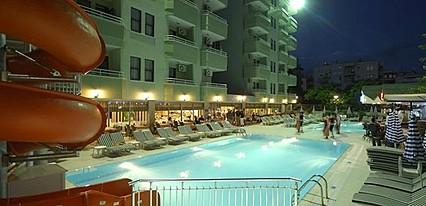 Sealine Hotel Havuz / Deniz