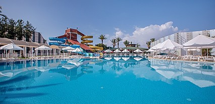 Selge Beach Resort & Spa Havuz / Deniz