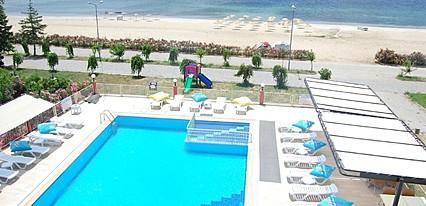 Senam Hotel Havuz / Deniz