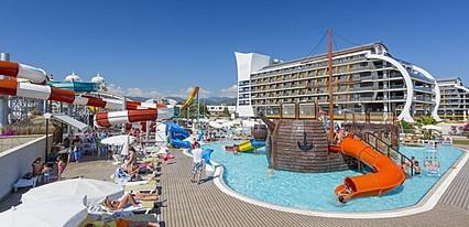 Senza The Inn Resort & Spa Havuz / Deniz