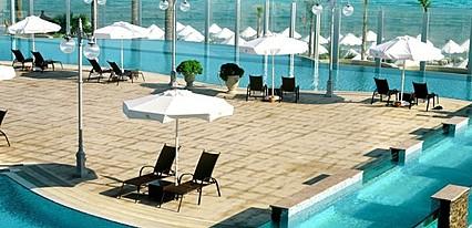 Sheraton Cesme Hotel Resort Spa Havuz / Deniz