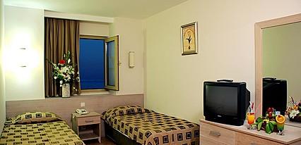 Side Breeze Hotel Oda