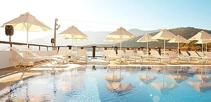 Sina Otel Havuz / Deniz