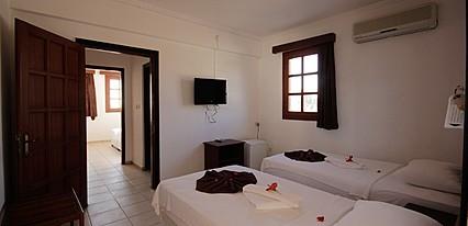 Sun And Sea Beach Hotel  Oda