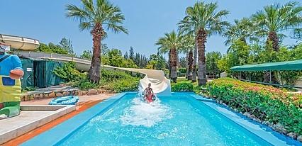 Sunis Hotel Su Havuz / Deniz