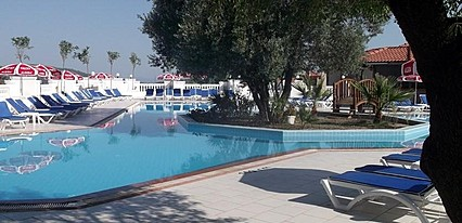 Sunshine Holiday Resort Havuz / Deniz