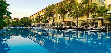 Süral Resort Havuz / Deniz