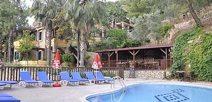 Symbola Oludeniz Beach Hotel Havuz / Deniz