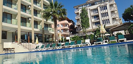 Temple Hotel Havuz / Deniz