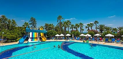 Terrace Beach Resort Havuz / Deniz