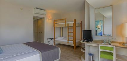 Thalia Beach Resort Hotel Oda