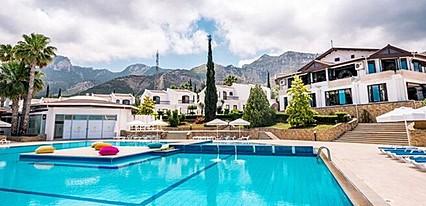 The Hotel Olive Tree Havuz / Deniz