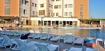 The Penguen Hotel Havuz / Deniz