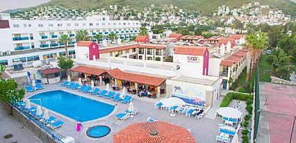 Tiana Beach Resort Havuz / Deniz