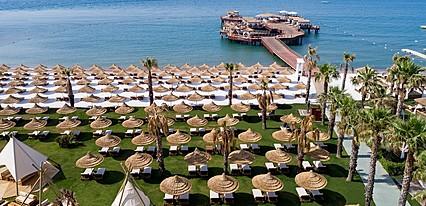 Titanic Mardan Palace Havuz / Deniz