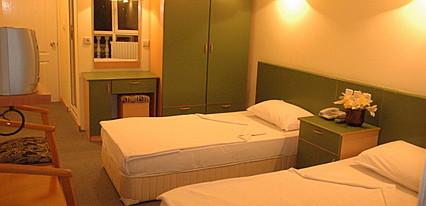 Toka Hotel Oda