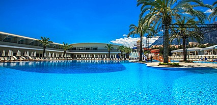 Transatlantik Hotel & SPA Havuz / Deniz