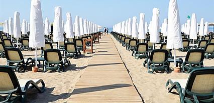 Trendy Verbena Beach Hotel Havuz / Deniz