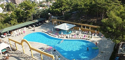 Tuntas Family Suites Kuşadasi Havuz / Deniz