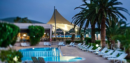 Tusan Beach Resort Hotel Havuz / Deniz