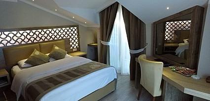 Ünlüselek Hotel Oda