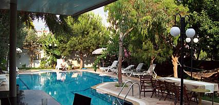 Vanilla Hotel Havuz / Deniz