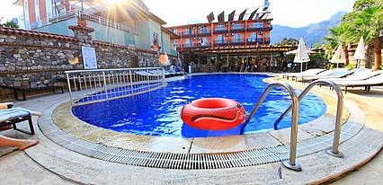 Venüs Hotel Havuz / Deniz