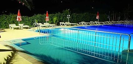 Verano Hotel Havuz / Deniz