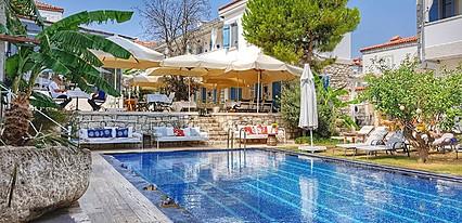 Viento Otel Alacati Havuz / Deniz