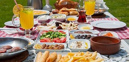 Villa Kırkpınar Yeme / İçme